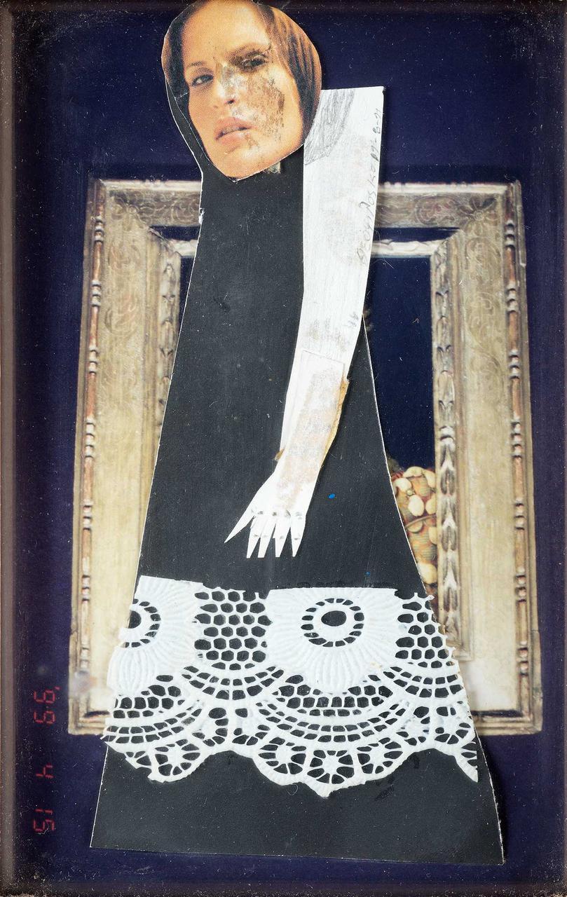 Φιγούρα με άσπρο χέρι, πριν το 1999, κολάζ, 13,5x9 εκ.